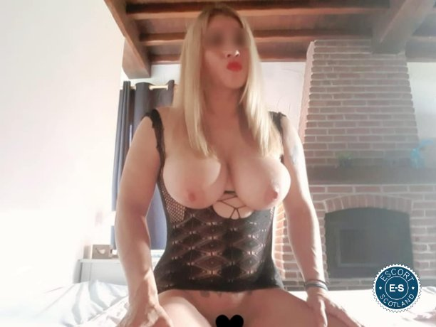 Dayanna Massage is a hot and horny Colombian Escort from Ayr